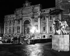 black and white photo of Trevi Fountain at night in Rome, Italy | BARLOGA STUDIOS- featuring the black and white photography of Roy Barloga