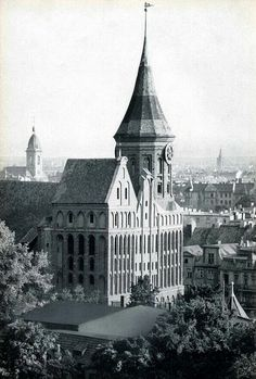 040 Königsberg - Dom | von Kenan2 Witch History, Vintage Architecture, East Germany, Historical Pictures, Beautiful Buildings, Kirchen, Dom, Old World, Paris Skyline