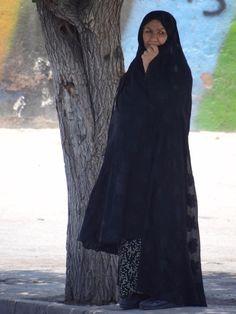 Woman in Chador on Street in Shiraz, Central Iran. Photo by Adam Jones in 2012 (Flickr)