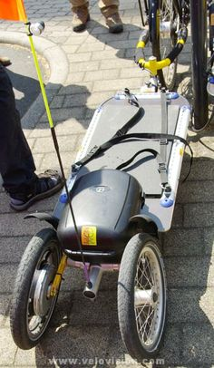 Electric assist bike trailer