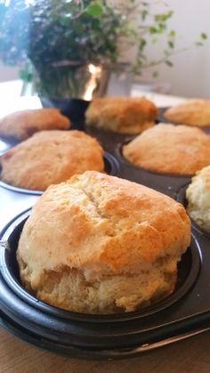 Banana Cream, Pie Dessert, Scones, Bread Baking, Afternoon Tea, Cornbread, Cake Recipes, Brunch, Food And Drink