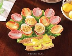 Tulip Basket Deviled Egg Holder - wouldn't this be cool for Easter dinner?