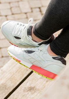f5dbafb3a02afe 26 Best Sneakers  Reebok LX 8500 images