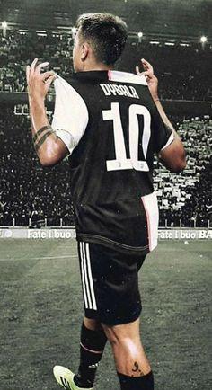 Cristiano Ronaldo Juventus, Juventus Fc, Football Love, Football Wallpaper, World Of Sports, Football Players, My Boys, Persona, Karma