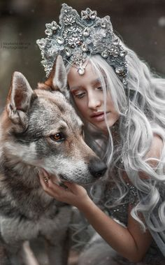 - Winter queen with wolf, fantasy fairytale photography. Fantasy Photography, Creative Photography, Portrait Photography, Mode Inspiration, Character Inspiration, Fantasy World, Fantasy Art, Wolves And Women, Amor Animal