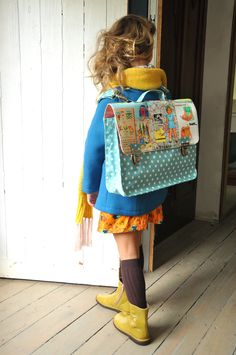 13 Adorable and Modern Kid's Backpacks to Buy or DIY Cute Little Girls, Cute Kids, Vintage Kids Fashion, Style Japonais, Little Fashionista, Modern Kids, Kids Outfits Girls, Kids Bags, Kids Backpacks