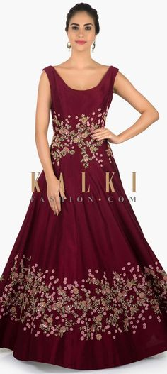 Burgundy raw silk gown with flower embroidery only on Kalki Indian Party Gowns, Indian Evening Gown, Indian Gowns, Indian Wedding Outfits, Indian Outfits, Evening Dresses, Designer Gowns, Indian Designer Wear, India Fashion