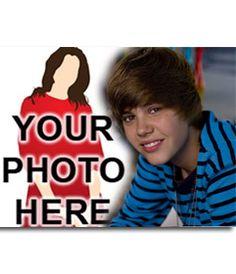 #fotomontaje Plantilla de montajes con #personajes #famosos y populares. Sube tu foto y ponla junto a Justin Bieber, #cantante canadiense de #pop. Enséña este fotomontaje a tus amigos!! #justin #bieber #beliebers www.fotoefectos.com
