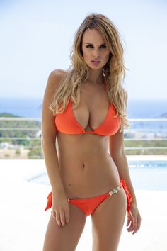 All day bikinis : Photo