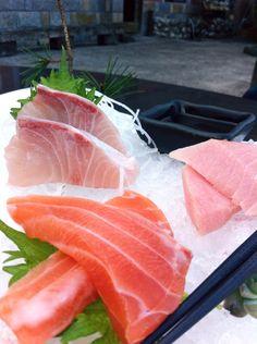Sashimi. ( #restaurant . #sashimi . #newtaipei . #shiding . #taiwan . #2015 . #台湾 . #臺灣 . #台灣 . #新北市 . #石碇 . #餐廳 .#生魚片 )