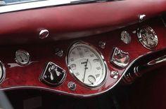 dieselpunkflimflam:  dieselfutures:  1934 Rolls-Royce Phantom I...
