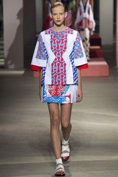 Kenzo Spring 2016 Ready-to-Wear Fashion Show - Alice Metza (Elite)