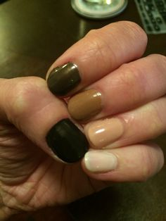 Brown gradient nail art / colors: OPI's get in the expresso lane, Samoan sand, San tan-tonio, Essie's french francs, and China Glaze's Ingrid / #ilananailsit