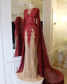 Maroon mix Gold is perfect, our Colletion from Puteri Indonesia 2017 . #anaz #anazgown #anazofficial #pageantgown #maroongown #goldgown