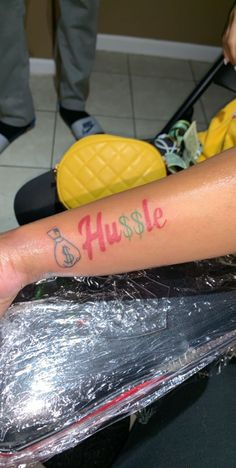 Money Gift Ideas Videos - - - Money Goals Videos - Hobbies That Make Money Red Ink Tattoos, Girly Tattoos, Badass Tattoos, Pretty Tattoos, Body Art Tattoos, Tattoos For Women On Thigh, Black Girls With Tattoos, Tattoos For Women Half Sleeve, Forearm Sleeve Tattoos