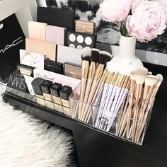 VC Storage Tray + VC Brush Holder . Available on our website NOW. VC Storage Tray $38 AUD VC Brush Holder $25 AUD . Link on our Instagram page #makeuporganizertray