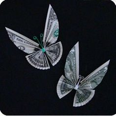 Tutorials for Dollar Bill Origami Tooth Fairy Gifts this is so awesome! money origami butterfly great birthday gift :)this is so awesome! Origami Butterfly, Origami Paper, Origami Tooth, Butterfly Tree, Origami Dragon, Butterfly Birthday, Diy Origami, Origami Flowers, Money Origami Tutorial