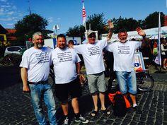 Fire havnearbejdere tjekker deres sundhed i Kræftens Bekæmpelses telt på Bornholm 2015