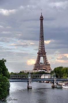 This summer, Paris! Eduardo is taking 8 weeks off before he starts his new job... Paris is one destination! Can't wait!