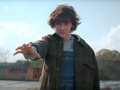 Stranger Things Series 2 trailer 2 is in featuring Millie Bobby Brown as El Stranger Things Netflix, Stranger Things Quote, Stranger Things Steve, Stranger Things Aesthetic, Millie Bobby Brown, Strange Things Season 2, Best New Shows, Photos Des Stars, At Least