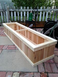 Pallet Planter Box - 70+ Pallet Ideas for Home Decor | Pallet Furniture DIY - Part 4