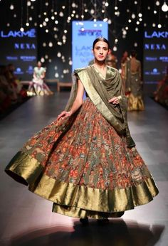 Art meets fashion, a trend spotted at lakme fashion week this season Latest trends for Winter Fall 2017 from Lakme Fashion week. at lakme fashion week winter festive 2017 India Fashion Week, Lakme Fashion Week, Asian Fashion, Women's Fashion, Indian Attire, Indian Ethnic Wear, Indian Wedding Outfits, Indian Outfits, Wedding Dresses