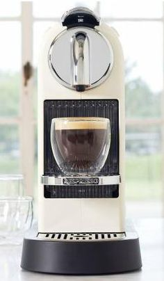 Nespresso Citiz www.espressomachineresearch.com/citiz-nespresso-d120/ Nespresso Machine, Dream Kitchens, Coffee Love, Home Goods, Coffee Maker, Household, Kitchen Appliances, Canning, Live