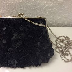 Sequin purse/crossbody bag. Brand new. Wear it as a crossbody bag or hold it as a clutch. Small n cute! Excellent condition. Bags