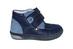 9ce12ea0a00 #kids #shoes Μποτάκι Μούγερ δερμάτινο, γκρι με αυτοκόλλητα κουμπώματα.  www.mouyer.gr/paidika-papoutsia/botakia/mouger-3-botaki…   Fall/Winter  2015-2016 ...