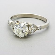 Antique engagement ring www.weldons.ie