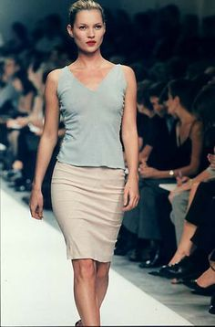 90s minimalist kate moss Narciso Rodriguez - Ready-to-Wear - Runway Collection - WomenSpring / Summer 1998