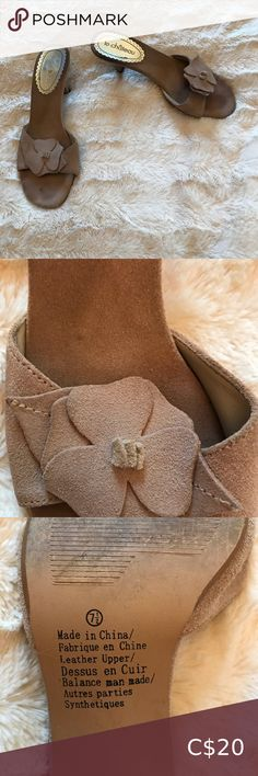 Slip on heels with detail Suede with floral detail. Bet minor signs of wear. Super cute! Shoes Heels Ankle Strap Shoes, Peep Toe Shoes, Suede Shoes, Shoes Heels, Pink Heels, Strappy Heels, Ralph Lauren Heels, Under Armour Joggers, Sparkle Heels