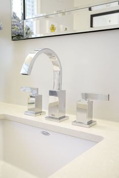 Bathroom | Boulevard Undercounter Sink & Times Square Widespread Faucet | AMERICAN STANDARD