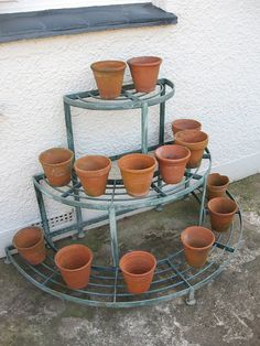 Plant Shelves Outdoor, Outdoor Metal Plant Stands, Wood Plant Stand, House Plants Decor, Plant Decor, Suculentas Diy, Terrace Decor, Small Balcony Garden, Window Grill Design