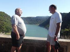 L'ex segretario Pd dal 1996 non manca all'appuntamento con l'amico Leone: gita in barca fino all'ovile