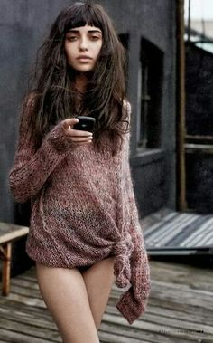 Vanessa moreira. love the look. minus the cell phone in her hand