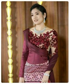Myanmar Traditional Dress, Traditional Dresses, India Fashion, Asian Fashion, Women's Fashion, African Wear Dresses, Girls Dresses, Myanmar Dress Design, Indian Skirt