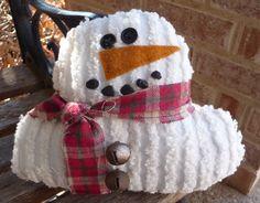 Christmas Fabric Crafts, Easy Christmas Decorations, Felt Christmas, Christmas Snowman, Holiday Crafts, Christmas Ideas, White Christmas, Handmade Christmas, Snowman Crafts