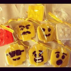 Lego birthday party cookie favors!
