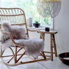 Rocking chair en rotin naturel Bloomingville : Decoclico
