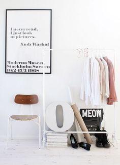prints on wall + floor