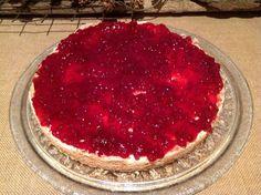 Preiselbeer- Mandelbaiser- Torte