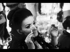 Maria Callas - the Finesse of the French Interview - This video is a sublime journey into the lost art of the elegant interview - as only the French are able to portray. Here the guest is Maria Callas, arguably...