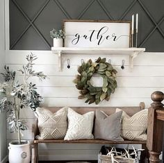 Cheap Home Decor, Diy Home Decor, Home Decorating, Home Decor Styles, Farmhouse Style Decorating, Decorating With White Walls, Country Cottage Decorating, Cottage Style Decor, Apartments Decorating