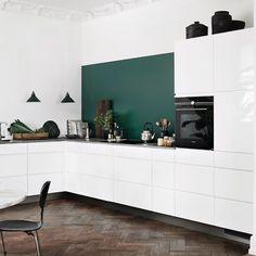 Mano Gloss vinkelkøkken | Klassisk stil og charme