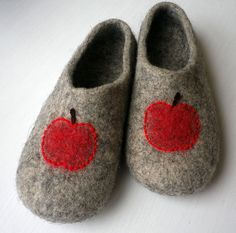 Handmade felted slippers made from 100 % natural organic, undyed wool. Felted slippers are light and warm. The soles of the slippers are covered with natural latex to prevent sliding.  This item is made to order in 10 days time. Any size is available. Please specify the size and color when ordering.  Care: Felted wool slippers can be hand washed in warm wather with mild detergent.