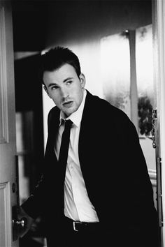 Chris Evans, is gorgeous. I remember I first saw him Fantastic Four and I fell in love with him. Then I see him in Captain America and I was just *sigh*