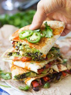 Loaded Avocado Quesadillas | potluck at http://ohmyveggies.com