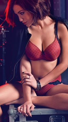 PRIMADONNA TWIST AUTUMN WINTER 2015 Lolita in Sunset #Lingerie #Padded #Bra #Shorts #Hotpants #Red