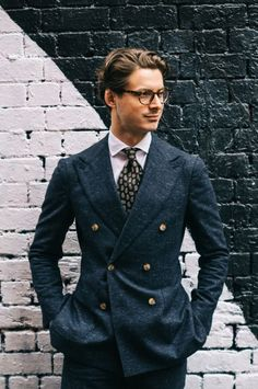 Double-breasted blazer with wide lapels. http://www.99wtf.net/men/6-things-which-make-women-attracted-to-men/